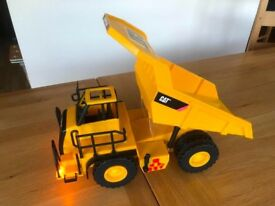 Caterpillar tipping truck with lights and sounds