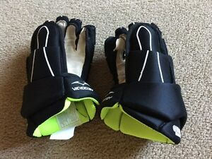 "10"" hockey gloves.  Brand new condition."