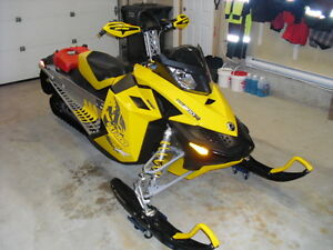 SOLD..SOLD..SOLD.FOR SALE 2008 MXZ RENEGADE X SKIDOO 800R XP REV