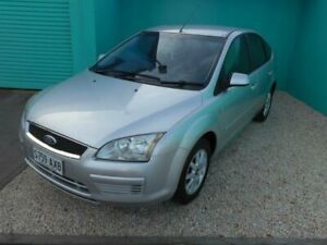 2006 Ford Focus LS CL Silver 5 Speed Manual Hatchback Christies Beach Morphett Vale Area Preview
