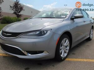 2016 Chrysler 200 Limited / REAR BACK UP CAMERA / HEATED STEERIN