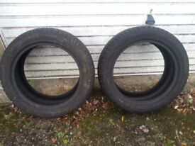 2 Winter Tyres 225/50/17