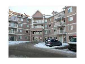 2 Bdrm Modern Condo in the Clareview Area, Steps away from LRT! Edmonton Edmonton Area image 2