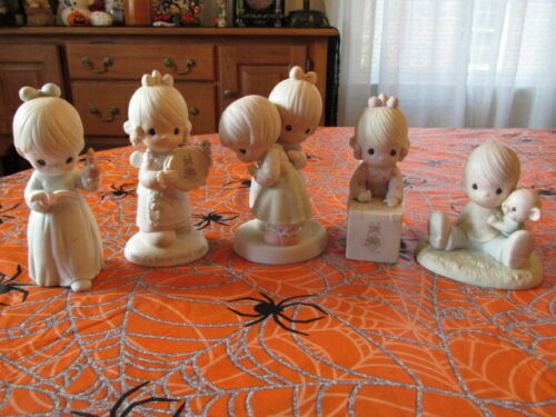 LOT OF 5 PRECIOUS MOMENTS FIGURINES FRIENDS FAVORITE PAW HOLY NIGHT SHARING BIRD
