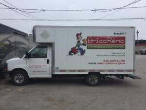 2010 GMC Savana Boite de 12 pieds Camionnette
