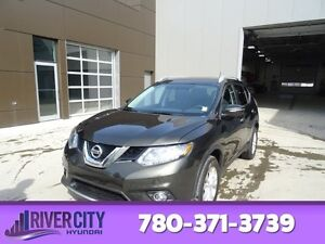 2014 Nissan Rogue AWD SV Heated Seats,  Back-up Cam,  Bluetooth,