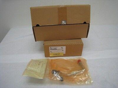 2 new AMAT 0040-20285 Adapter, press gauges, wide body chamber