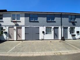 *SEPTEMBER 2021* *STUDENTS ONLY* SB Lets are delighted to offer a luxury, 3 bed FURNISHED house