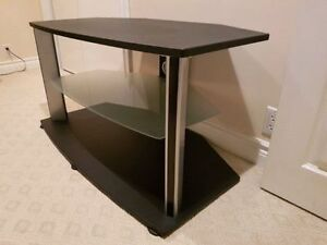 """Tv stand for up to 65"""" tv Kitchener / Waterloo Kitchener Area image 2"""