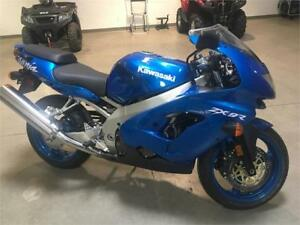 1999 KAWASAKI ZX9R WORLD SUPERBIKE EDITION RARE AS NEW PRISTINE