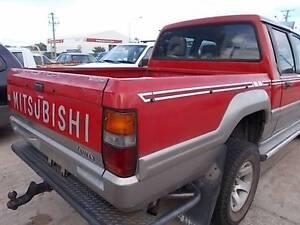 Mitsubishi Triton Wrecking!!