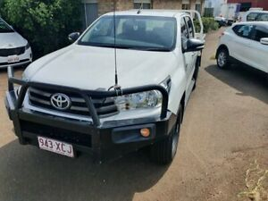 2016 Toyota Hilux GUN126R SR (4x4) White 6 Speed Automatic Dual Cab Chassis Wilsonton Toowoomba City Preview