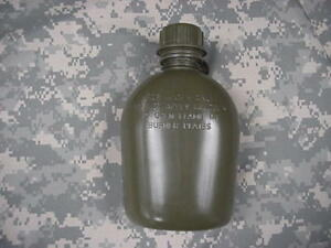 NEW-US-1-QUART-COLLAPSIBLE-PLASTIC-CANTEEN-OD-GREEN