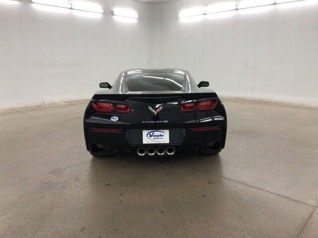 2016 Black Chevrolet Corvette Stingray    C7 Corvette Photo 9