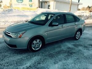 E-tested and safety certifie 2008 Ford Focus SE ONLY 92k km Kitchener / Waterloo Kitchener Area image 2