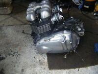 TRIUMPH THRUXTON 900 ENGINE
