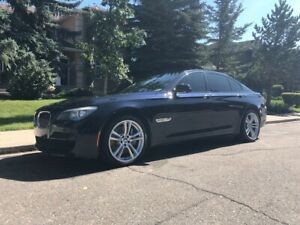 2012 BMW 750i M Package xDrive