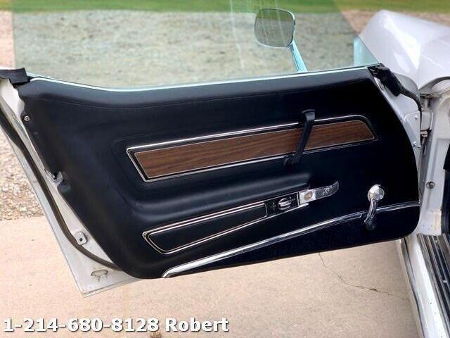 1973 White Chevrolet Corvette   | C3 Corvette Photo 8