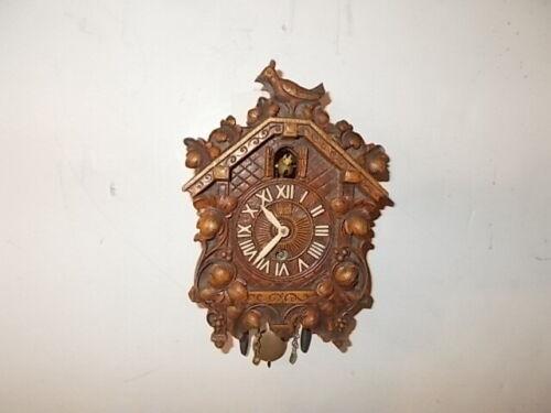 "Lux ""Bobbing Yellow Bird"" Miniature Pendulette Clock Circa. 1940"