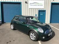 11/61 Mini One 1.6 Pepper with Full Panoramic Roof.