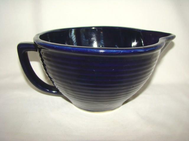 Gorgeous Vintage MONMOUTH Maple Leaf USA COBALT BLUE Batter Mixing Bowl