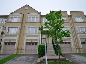 Absolutely Built Gorgeous Townhouse In MIssissauga