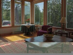 3 Bdrm Country Home with Mountain Views, Barn + 8 acres land West Island Greater Montréal image 5