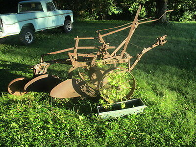 Good Shape.....old Oliver Plow Tractor Implement