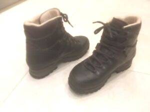 Women's Meindl hiking boots