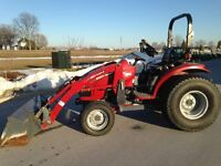 2004 Case IH DX35 4WD Compact Tractor with Loader