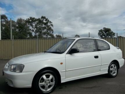 2000 Hyundai Accent LC GS White 4 Speed Automatic Hatchback Blacktown Blacktown Area Preview