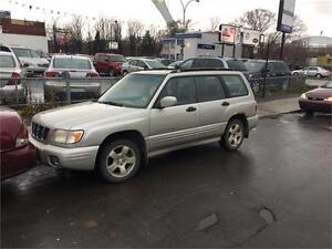 Subaru forester 2002 4x4 aut. 220 km $895. Alain 514-793-0833