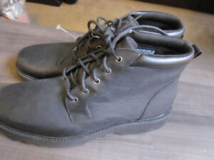 Boots, Rockport Hydro-Shield, Leather, Size 9, BNIB -- $45.00
