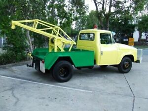 1976 International D1310 TOW TRUCK Green & Yellow Cab Chassis 6 Cylinl Capalaba Brisbane South East Preview