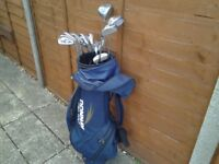 MATCHED SET OF DONNAY PRO 1 GOLF CLUBS IN DONNAY BAG.