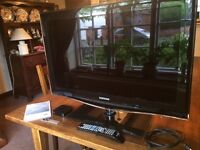 6 Series Samsung 32 Inch TV and APPLE TV