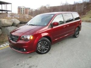 2017 Dodge GRAND CARAVAN SXT PREMIUM PLUS (ONLY 15400 KMS, NAVIG