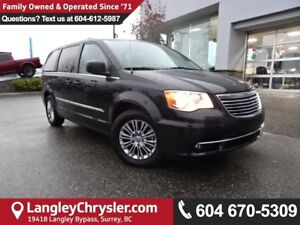 2016 Chrysler Town & Country Touring-L *ACCIDENT FREE * DEALE...