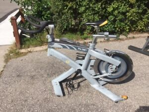 CycleOps Pro 300PT Stationary Indoor Exercise Bike Spin Cycle