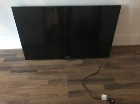 Samsung le40c530f1w 40 inch plasma TV with builtin freeview. Good condition