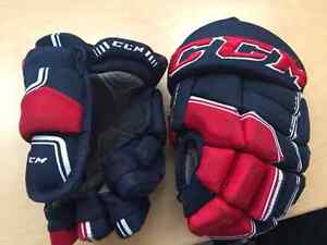 CCM Quicklite Junior Hockey Gloves 11 Blue, Red & White