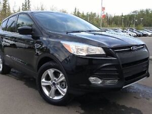 2014 Ford Escape SE EcoBoost 4WD - Only 43K! Heated Seats, Backu