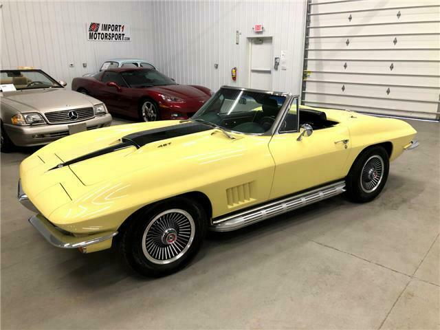1967 Yellow Chevrolet Corvette   | C2 Corvette Photo 1