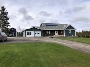 Well built family home - hobby farm in Upper Kennetcook