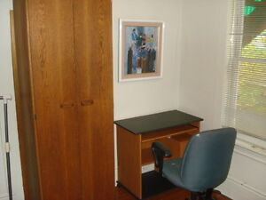 Apartment to share, utilities included