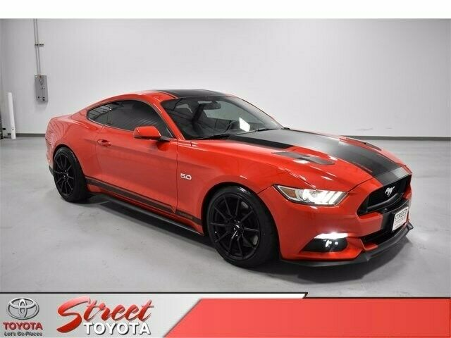 Image 1 Voiture Américaine d'occasion Ford Mustang 2015