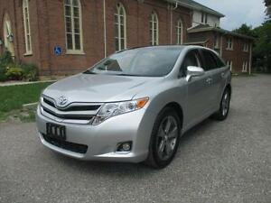 2013 Toyota Venza - AWD+LEATHER+SUNROOF+LOW KMS