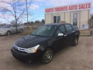2011 FORD FOCUS SE - VALID E TEST - HEATED SEATS - 4CYL - 5SPD