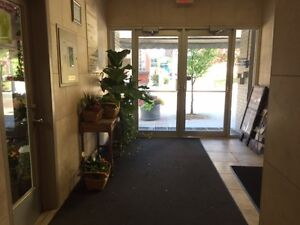 OFFICES $850-$3000 DOWNTOWN Heart of Newmarket 416 455 5586