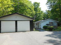 Home or Cottage with Access to Crowe River